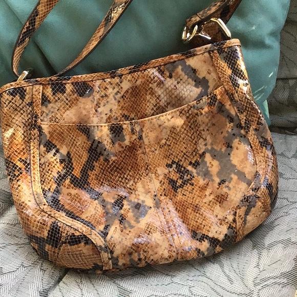 b. makowsky Bags   Bmakowsky Snake Skin Leather Bag   Poshmark c084ae4722